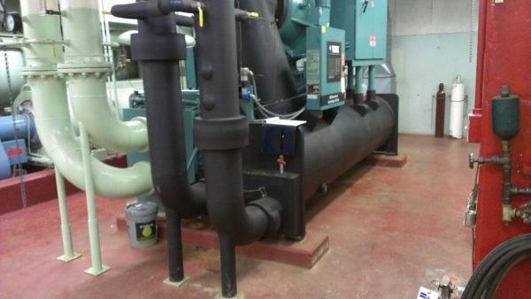 green and black commercial chiller piping
